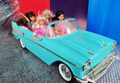 Barbie Chevy 57 (alenamorimo) Tags: barbie barbiedoll dolls dollcar chevy superstar