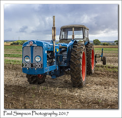 Super Major Tractor (Paul Simpson Photography) Tags: tractor transport farming farm farmlife paulsimpsonphotography imagesof imageof photoof photosof plough field sonya77 september2017 highburnham epworth northlincolnshire