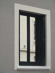 DSCF9733 (Benoit Vellieux) Tags: lyon france 3èmearrondissement 3rddistrict grange blanche germaindavid architecture fenêtre window fenster rectangle viereck