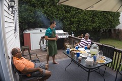 MId-summer big BBQ dinner at home (lezumbalaberenjena) Tags: midsummer mid summer orleans ottawa canada 2018 lezumbalaberenjena barbie bbq barbecue party meal comida barbacoa grill gente people home casa