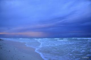 Amaneciendo al arrullo de las olas - Dawning to the cooing of the waves