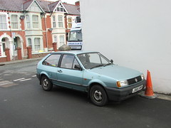 Polo. (Andrew 2.8i) Tags: car cars classic classics carspotting street spot spotting german hatch hatchback 13 1300 cl 13cl 1300cl coupe polo vw volkswagen uk unitedkingdom