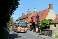 Centrebus 764 0915hrs Stamford to Grantham 010918 (return2layerroad) Tags: centrebus stamford grantham castlebytham dafsb200 wright pjz9450 fx04tjy lincolnshire