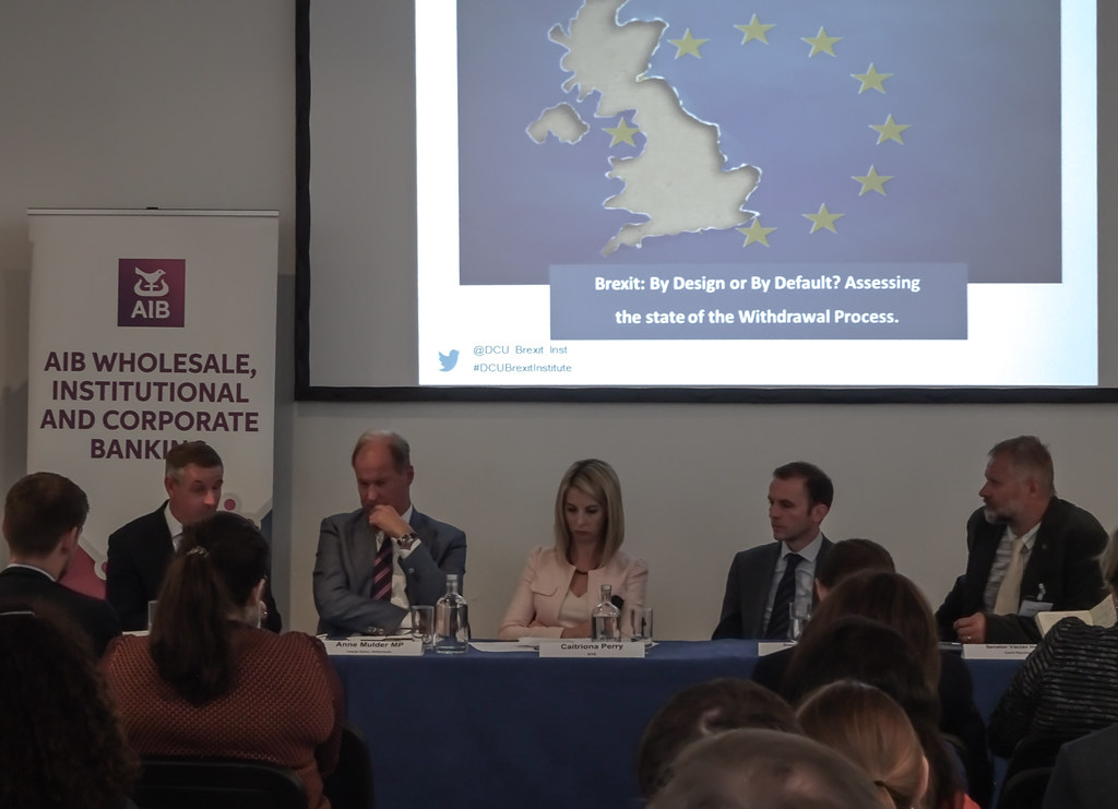 BREXIT BY DESIGN OR BY DEFAULT [6 SEPTEMBER AT THE HELIX]-144012