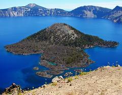 Wizard Island Blues, Crater Lake, OR 9-06 (inkknife_2000 (9.5 million views)) Tags: craterlakenationalpark nationalparks usa parks oregon dgrahamphoto landscape volcano blue deepblues cindercone caldera