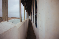 Cape Coast Vanishing point (Jerry A. Schmalz) Tags: vanishing point convergence horizon coast balconyview balcony hills ocean pacific vintage architecture nostalgic