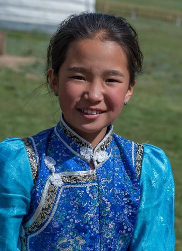 Petite fille, Parc national de Khorgo-Terkhiin Tsagaan Nuur, Mongolie