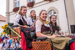 Winzerfest_Umzug_081 (alexanderanlicker) Tags: auggen badenwürttemberg breisgauhochschwarzwald deutschland europa trachtenundbrauchtumsumzug umzug wein weinfest winzerfest winzerfestumzug
