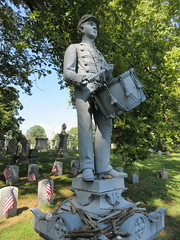 Zinc Union Army Drummer Boy Clarence Mackenzie 0992 (Brechtbug) Tags: pale blue zinc union army drummer boy statue clarence mackenzie 1848 1861 buried 1862 first brooklyn native die during civil war 12 year old for brooklyns thirteenth regiment killed by friendly fire while stationed annapolis maryland greenwood cemetery new york city 2018 nyc september 09162018