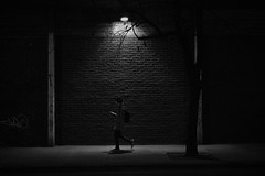 (Claudio Blanc) Tags: street streetphotography streetnight night bn bw blackandwhite blancoynegro buenosaires argentina nocturna noche