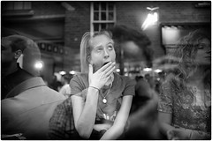 How I Think I Look When Yawning (Steve Lundqvist) Tags: shout yell scream urlo english london londra inghilterra england uk britain british street streetphotography persone ritratto yawn sbadiglio