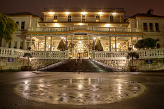 The Carrington By Night || KATOOMBA || BLUE MOUNTAINS (rhyspope) Tags: australia aussie nsw new south wales newsouthwales katoomba blue mountains bluemountains carrington hotel accommodation travel historic history night rain wet cold rhys pope rhyspope canon 5d mkii grand lux luxe reflection