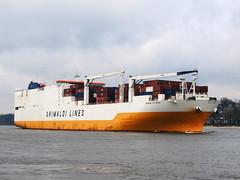Grande Cotonou 02 (Parchimer) Tags: containerschiff cargovessel schiff ship rorovessel autotransporter hamburg elbe