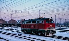 218 295 at Karlsruhe, Jan. 8, 1987. (rolfstumpf) Tags: germany deutschland karlsruhe hauptbahnhof br218 218295 winter snow schnee pan station railway railroad