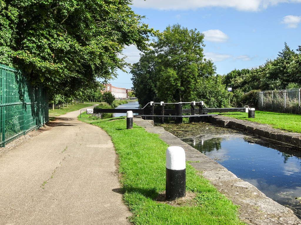 FROM REILLYS BRIDGE TO ASHTOWN ALONG THE ROYAL CANAL WAY [INCLUDING ROYAL CANAL PARK AND RATHBORNE]-143922