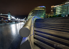 City Hall (W.MAURER foto) Tags: london uk cityhall night longtimeexposure thames nightimage