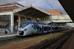 83505 L (Krzysztof D.) Tags: pociąg train zug kolej bahn railway dworzec station stacja bahnhof francja frankreich france miluza mulhouse europa europe electric elektryczny emu ezt