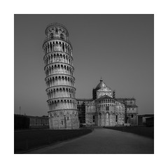 Pisa. The leaning Tower (Richard Hunter ARPS) Tags: