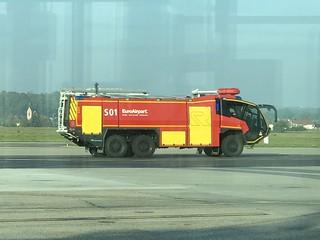 ARFF Airport Fire Rescue Service / Sapeurs Pompiers - EuroAirport - Basel Mulhouse Freiburg