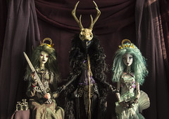 ADAW 28/52  Justice Death Queen of Cups (Nymrah) Tags: bjd zaoll muse lillycat cerisedolls lyse dollchateau tarot