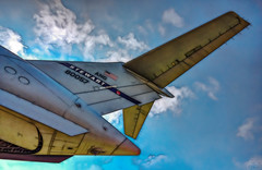Stories about local heros (Jersey JJ) Tags: stories about local heros c17 globemaster iii ang air national guard cargo jet 80057 usa jj fractalius photomatix