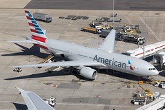 American Airlines Boeing 777-200ER N761AJ (atcogl - ATC @ YYZ) Tags: lhr egll heathrow london uk britain middlesex unitedkingdom greatbritain aircraft airliner airplane plane aeroplane aviation avion flugzeug aviacion aviones aereo avioes widebody heavy canon eos 5dmarkiv 100400f4556lismarkii oneworld aa aal american americanairlines boeing 777 777200 777200er