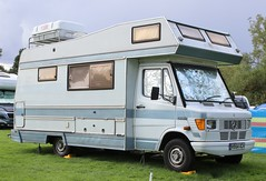 H954 XCH (Nivek.Old.Gold) Tags: 1991 mercedes 208d autotrail cherokee l camper 2299cc