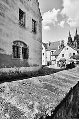 Meißen b&w 2 (rainerneumann831) Tags: meisen haus dom mauer architektur bw blackwhite blackandwhite ©rainerneumann