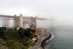 Misty morning on the Golden Gate Bridge (raffaele pagani) Tags: goldengatebridge sanfrancisco sanfranciscobay california unitedstates usa pontesospeso suspensionbridge ponte bridge sanfranciscolandmark canon
