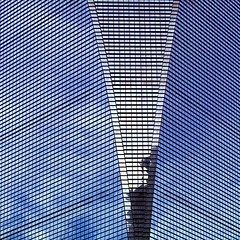 V day (sculptorli) Tags: abstract abstraction abstrait abstrakt sky architecture building reflection réflexion bluesky lines skyscraper geometric window fenêtres réfléchissantes pattern líneas linee lignes линии lookingup पंक्तियां 线 窗 finestra ventana окно окошко витрина fenster astratto 抽象 абстрактные shanghai china 上海 中国 影 反射 浦东 楼 大厦 建筑 玻璃 蓝天 白云