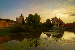 Evening is coming in a yellow dress (Norbert Stening) Tags: sunset castle schloss sonnenuntergang blauestunde wasser burgsteinfurt burg steinfurt wasserschloss