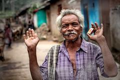 Adivasis (tribe Desia Kandha) (Ma Poupoule) Tags: desiakandha desia adivasis tribes travel tribal tribus smoke inde india orisha orissa odisha jeypore asie asia porträt portrait ritratti ritratto moustache