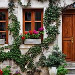 House in Kotor thumbnail