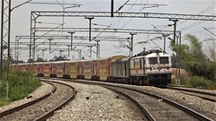 Double Decker Express (Abhijay Chakraborty) Tags: railfans railfanning railways railroad irfca indianrailways trains trainspotting train