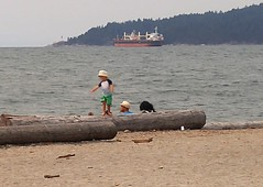 Dundarave West Van BC18h10 LG (CanadaGood) Tags: canada bc britishcolumbia westvancouver people person shore beach ship canadagood 2018 thisdecade color colour cameraphone