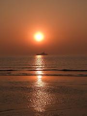 Netherlands-201804-67-Sunsetting-19Apr-Boat (Tony J Gilbert) Tags: holland scheveningen denhaag nikon landscapes netherlands thehague hague