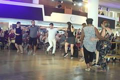 Suna Alan (2018) 08 - dancers (KM's Live Music shots) Tags: worldmusic turkey traditionalturkishmusic traditionalkurdishmusic sunaalan dancers womeninmusic fridaytonic southbankcentre