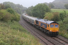 6V35 Clitheroe to Avonmouth Castle Cement bulk tanks drifts down the 1 in 100 Hoghton bank 6 early on 27th August 2018 hauled by GBRF GE Diesel Electric No. 66768 © (steamdriver12) Tags: lancashire hoghton diesel electric 6v35 clitheroe avonmouth castle cement bulk tanks drifts 1100 bank 27th august 2018 gbrf general no 66768