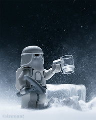 Happiness is a New Mug (Avanaut) Tags: lego starwars hoth theempirestrikesback snow ice minifigure toy toyphotography blizzard originality avanaut legography snowtrooper stormtrooper