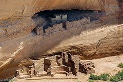 White House Ruin close up (robpolder) Tags: 2018 usa visible prehistoric arizona telephoto longzoom nikon1 nikonv2 pueblo ancestralpueblo nativeamerican ruin archaeology pictograph rockart