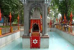 Kheer Bhawani Temple Srinagar (astrolika) Tags: srinagar jammu kashmir indiantemplestructures mandir templeindian hindutemple indiantemple templeindia temple hindutemples indiatemples india temples indiantemples indiatemple indiantemplearchitecture