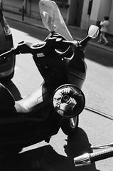 Moi dans le scooter (laurent.dufour.paris) Tags: 2017 35mm analog analogphotography analogique argentique autoportrait believeinfilm black blackandwhite blanc bw candid canoneos1v city europe everybodystreet extérieur filmisnotdead filmphotography films france fujiphotofilmco ishootfilm iledefrance kodaktrix life lifeisstreet ltd matin monochrome noir noiretblanc paris people photographiederue portrait printemps regardsparisiens retroviseur rue scooter soleil sp3000 streetphoto streetphotography streetphotographer streetofparis streetoftheworld ville white