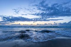 Dämmerung Løkken Strand (Matthias Hertwig) Tags: matthias hertwig løkken strand welle nordsee ozean wasser wolken seascape landschaft dänemark sony a6000