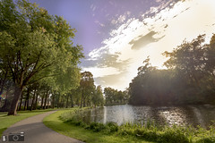 Sunny Sunday At The Park At Zeist (happad fotografie) Tags: sunny sky water grass trees tree park green blue setting sun skyscape landscape groen blauw zeist slotzeist slot