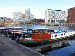 Salthouse Dock, Liverpool, England (teresue) Tags: 2017 uk unitedkingdom greatbritain england merseyside liverpool salthouse dock salthousedock boat