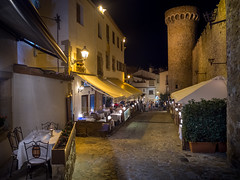 Carrer Portal (Johnners61) Tags: tossademar tossa street town oldtown townwalls walls tower night evening leadinglines spain olympuspen pen microfourthirds micro four thirds mft m43 catalonia catalunya costabrava costa holiday vacation restaurant