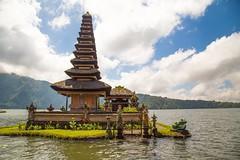 Magical Ulun Danu Beratan (Monika Kalczuga (on&off)) Tags: ulundanuberatan temple bali indonesia asia island lake lakeberatan water clouds