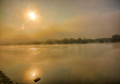 River Glow (kendoman26) Tags: hdr nikhdrefexpro2 nikon nikond7100 tokinaatx1228prodx tokina tokina1228 illinoisriver fog sunlight