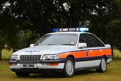 M61 DMW (S11 AUN) Tags: wiltshire wilts police preserved vauxhall senator saloon 30i 24v v6 traffic car rpu roads policing unit 999 emergency vehicle triforce m61dmw