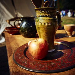 Middeleeuws Ter Apel (Jos Mecklenfeld) Tags: middeleeuwsterapel apple apfel appel keramiek keramik ceramic westerwolde sonya6000 sonyilce6000 sonyepz1650mm selp1650 niederlande nederland terapel groningen netherlands nl